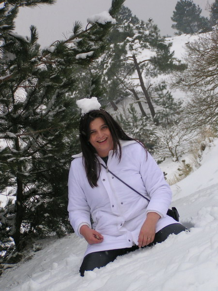 Picture of Cynthia Fridsma in the snow - March 2006